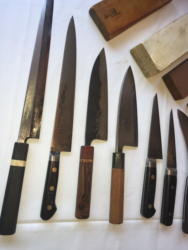 jonahs-knives-3-600